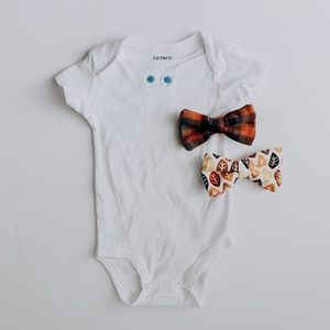 Onesie + 2 Attachable Bow Ties // 6 Month